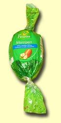 Марципан Favorina c ореховым пралине в шоколаде